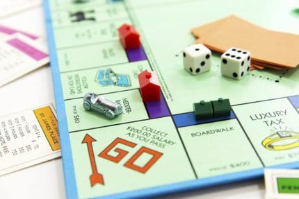 Monopoly starting position with houses already on the board