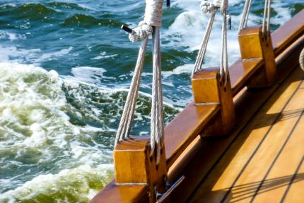 Seafarers Tax Deduction: Tax Advice at Aston Shaw
